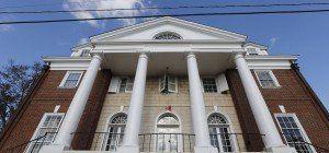 """""""Rolling Stone"""" wegen falscher Story über Uni-Vergewaltigung verklagt"""