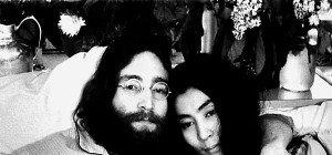 Haarlocke von John Lennon wird in den USA versteigert