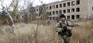 Weiter Feuergefechte am Flughafen von Donezk