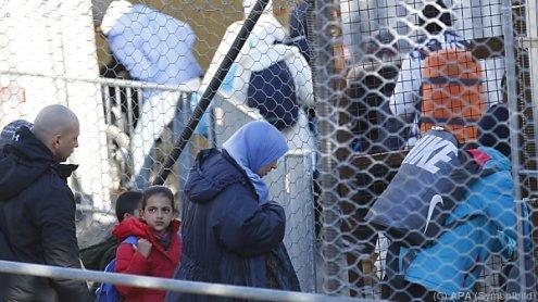 """Flüchtlingsstrom: Regierung will auch """"Grüne Grenzen"""" sichern"""