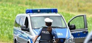 Festnahmen nach Handgranatenangriff auf Flüchtlinge