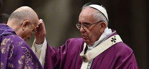 Papst rief am Aschermittwoch zu Leben ohne Heuchelei auf