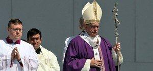 Papst Franziskus predigte vor Hunderttausenden in Mexiko