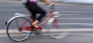 Wien-Neubau: Radfahrerin kollidierte mit Pkw und wurde leicht verletzt