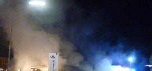 Bergheim: Imbissstand von Flammen zerstört