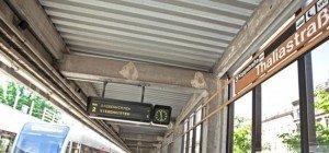 Bei Flucht vor die U6 gesprungen: Bursche wurde fast von zweiter U-Bahn erfasst