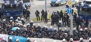 Ausschreitungen rund um AfD-Parteitag in Stuttgart