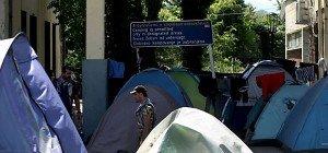 Mehr als 2.000 Migranten aus Camp in Idomeni umgesiedelt