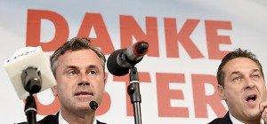 Hofer und Strache gratulieren Van der Bellen