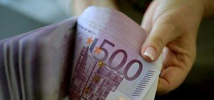 20.000 Euro steckten in gespendeter Badematte