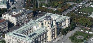 """Naturhistorisches Museum zeigt """"sehr seltsames"""" Sonnensystem"""