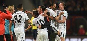 Frankfurt bleibt nach 1:0-Sieg in Nürnberg erstklassig