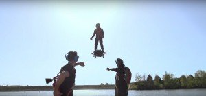 Rekord: Franky Zapata fliegt über 2 Kilometer auf Hoverboard