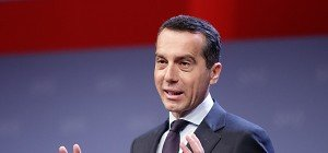 Betont bescheidene Kern-Ankunft bei SPÖ-Parteitag