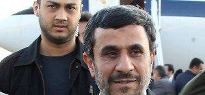 Ahmadinejad will bei Präsidentenwahl im Iran antreten