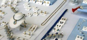 Betrugsversuch in Penzing: Mann wollte Juwelier unechten Edelstein verkaufen