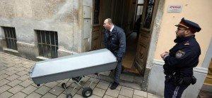 Ehefrau in Wien-Penzing mit Kopfpolster erstickt: Mordprozess gegen Steirer