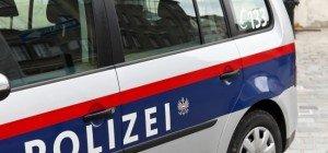 Pkw-Kollision in Baden: Siebenjährige Radfahrerin verletzt