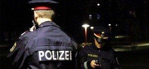 Einbruch in Wien-Landstraße: Rückwärts mit Kastenwagen in Auslagenscheibe