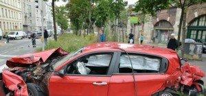Totalschaden: 19-Jähriger verursachte Verkehrsunfall am Gürtel