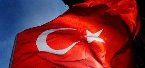 Wiener Neustadt will keine türkischen Flaggen auf Häusern – Großteil entfernt