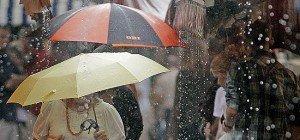 Die Woche startet mit Regenschauern und Gewittern