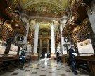 Virtueller 360 Grad-Durchgang: Prunksaal der Nationalbibliothek online abrufbar