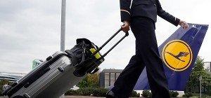 Lufthansa-Flugbegleiter nehmen Tarif-Schlichtungsergebnis an