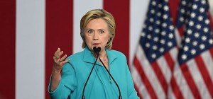 Clinton rückt Trump in die Nähe von Rassisten