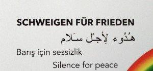 Ohne Geschrei für Frieden und Menschenrecht