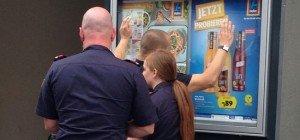 Taschendieb in U-Bahn erwischt: Festnahme auf Mariahilfer Straße