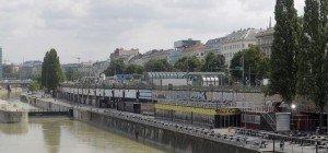 Zwei Männer nahe Donaukanal-Lokal mit 30 Ecstasy-Tabletten erwischt