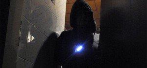 Mann überraschte Einbrecher in väterlicher Wohnung in Simmering