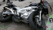 Unfall: Biker crasht in Wiener Pkw-Lenker