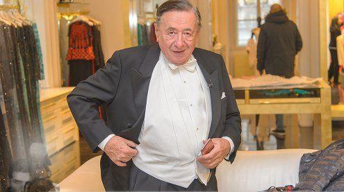 Richard Lugner ohne Begleitung bei der Opernball-Anprobe