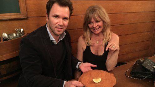 Goldie Hawn aß Schnitzel und twitterte über ihre Wien-Liebe