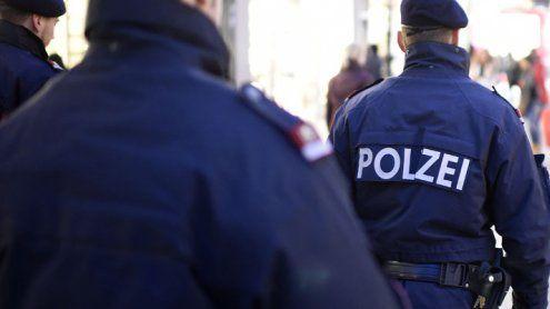 Zechpreller attackierte Polizisten in einer Subway-Filiale am Gürtel