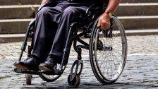 Mann versteckt Diebesgut in seinem Rollstuhl