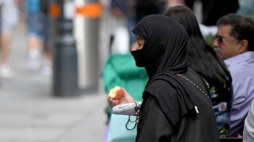 Verhüllungsverbot: In Wien 30 Amtshandlungen von Polizisten