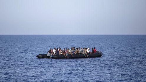 Spanische Küsten: Ungewohnt großer Flüchtlingsansturm