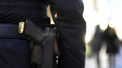 Fahrgast schlug Taxler mit Tot-Schläger am Kopf: Schwerverletzt