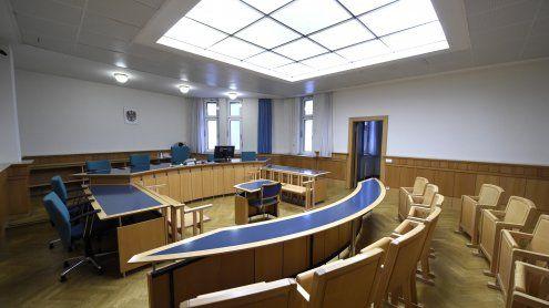 Messerattacke auf Studentin:Vier Jahre Haft für 16-Jährige