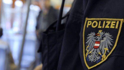 Donaustadt: 24-Jähriger bedroht seine Familie mit dem Umbringen
