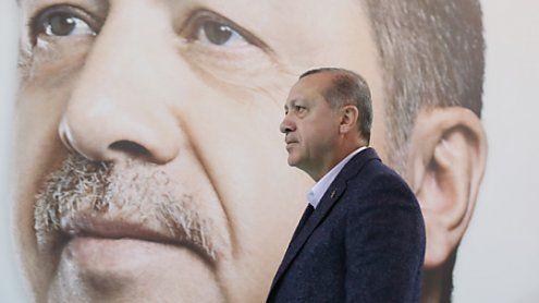 Scharfe Kritik Ankaras an neuer ÖVP-FPÖ-Koalition in Wien