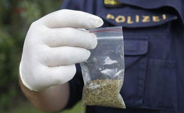 15-Jähriger mit 15 Baggies Marihuana am Wiener Praterstern