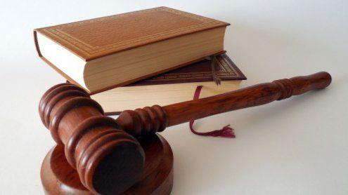 Untergetauchter Häftling begeht für Spielsucht Betrügerei in Wien