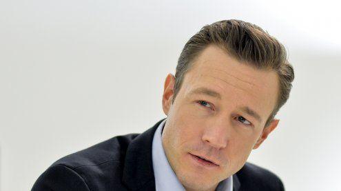 Gernot Blümel unbesorgt nach Straches Bosnien-Aussagen