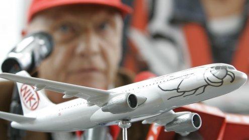 Kritik: Niki Lauda setzt bei seiner Fluggesellschaft auf Leiharbeiter