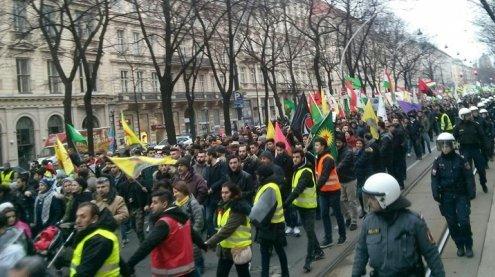 """Erneut """"Afrin-Demo"""" in Wien: Staus und kurzfristige Sperren"""