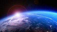 Tesla im Weltall: Droht Kollision mit der Erde?